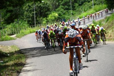 Loteria del Tachira Presente en Vuelta a Bolivia / No detiene su trajinar Foraneo