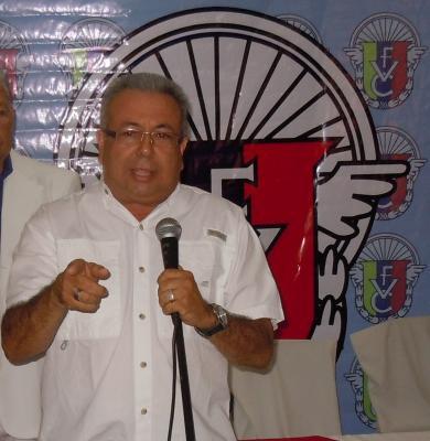 Artemio Leonett continua al frente de Fedeciclismo para el periodo 3013 / 2017