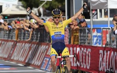 Australiano Michael Rogers llega solo a la meta de la etapa 11 del Giro de Italia/ Video y Clasificaciones