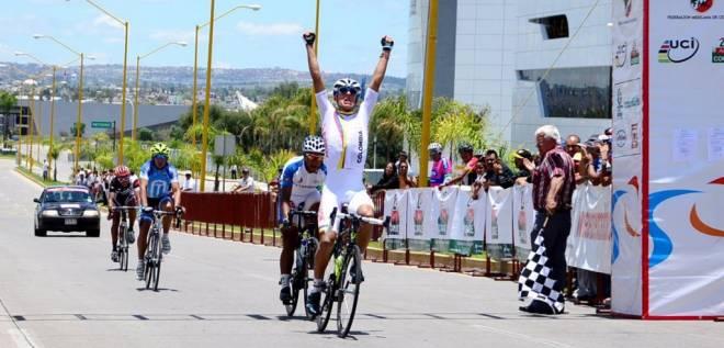Colombianos ganaron 3 de Oro de las 4 en la ruta del Panamericano Juvenil de Ciclismo en México