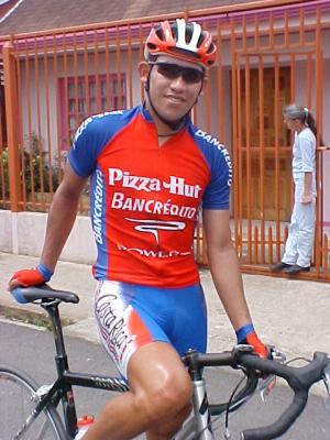 Henry Raabe mantiene liderato de Vuelta a Costa Rica tras sexta etapa