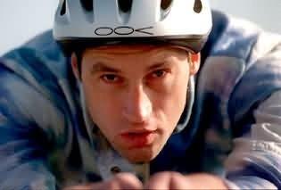 El ex campeón mundial de ciclismo Graham Obree sale públicamente del Closep