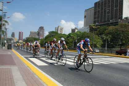 Este Domindo 6 Clasico Ciclista en Caracas