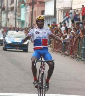 Augusto Sánchez ganó la Prevuelta en Republica Dominicana