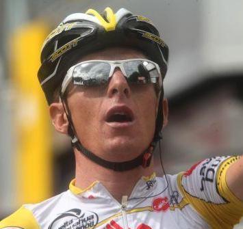 Ciclista Ricardo Ricco abandona el Hospital