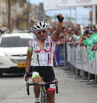 Freddy Piamonte ganó la etapa reina y es el nuevo líder del Valle
