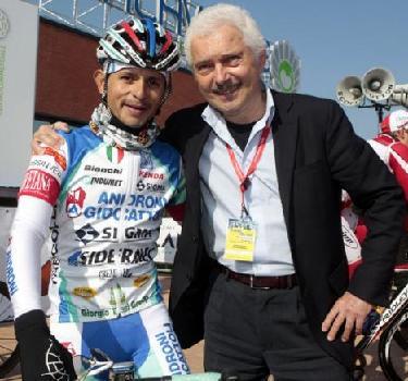 Equipo Italo-Venezolano Androni-Giocattoli gana la crono por equipos de la Coppi&Bartali