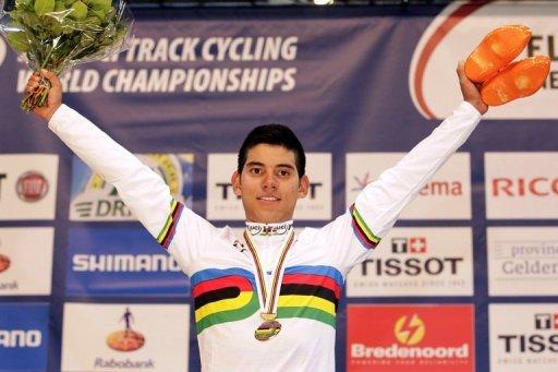 Colombiano Edwin Ávila se cuelga el oro en carrera por puntos, Baugé en velocidad