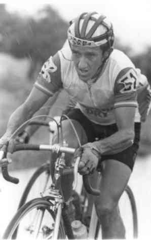 De luto ciclismo Colombiano por Muerte del ex ciclista Colombiano Carlos 'La bruja' Montoya