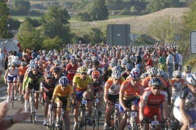 Casi 11.000 ciclista en la XXI Marcha Ciclista Internacional Quebrantahuesos