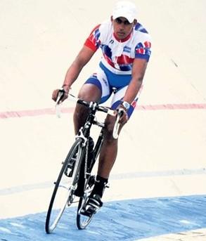 Dominicano Norlandys Taveras sufrió caída con fractura de la clavicula Cuando entranaba en Medellin para el Panamericano