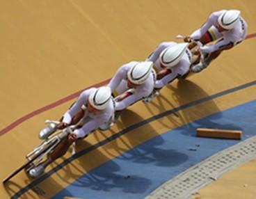 Colombia batió el récord de la pista en la persecución equipos
