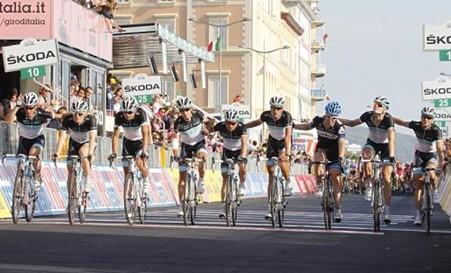 Equipo Leopard-Trek se retira del Giro