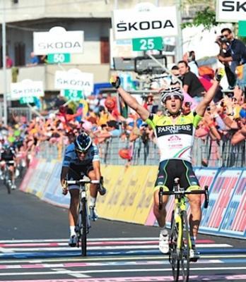 Oscar Gatto gana la 8va etapa del Giro escoltado por Contador