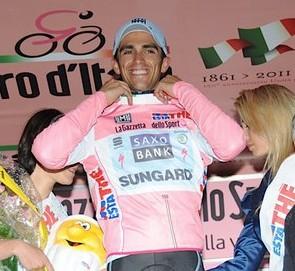 Contador gana la Cronoescalada del Giro y Rujano sube al 5to en la Gral