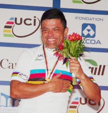 Deja el Hospital Campeon Mundial Venezolano Victor Hugo Garrido atropellado en Bilbao