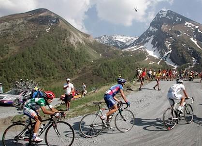 Videos del Giro 2005 La épica Colle delle Finestre/Sestriere que repetira en esta edicion 2011 en la etapa 20