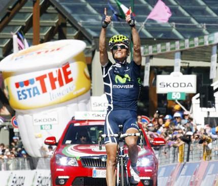 Vasili Kiryienka (Movistar Team) gana la etapa 20 del Giro y Contador sigue Lider