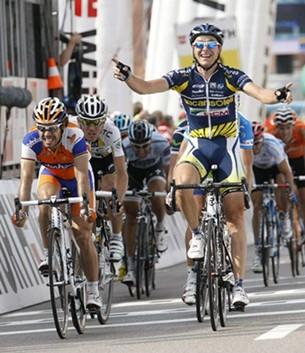 Esloveno Borut Bozic gana la 5ta Etapa del Tour de Suiza