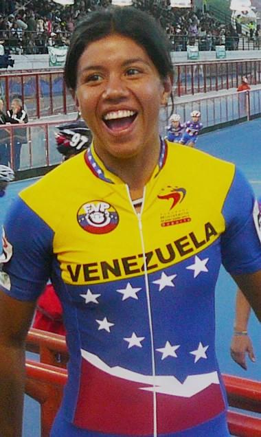 Venezolana Sandra Marcela Buelvas Gana medalla de ORO en Campeonatos Mundiales de Patinaje