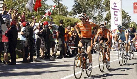 Antón gana la 19ª etapa de la Vuelta a España, Cobo sigue