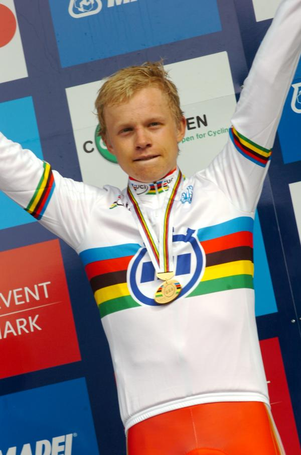 El danés Wurtz gana carrera júnior de contrarreloj en Mundial de ciclismo