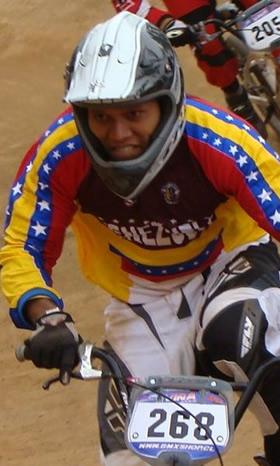 """Bicicrosista venezolano Jonathan """"El Mosquito"""" Suárez viajó a la ciudad de Toluca, México rumbo a Guadalajara"""