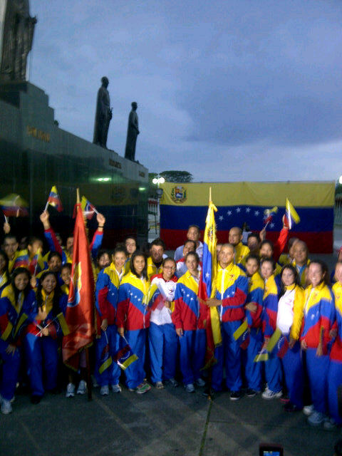 Abanderada delegacion Venezolana que va a los Pamericanos Guadalajara 2011