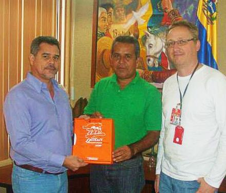 Presidente del Consejo Legislativo del Estado Anzoátegui Juan Carlos Ortega Apoya II Edición de la  Vuelta Ciclista Juvenil de Anzoátegui 2011