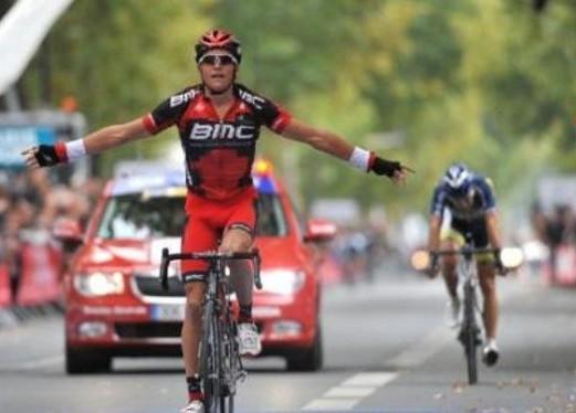 Van Avermaet gana la clásica París-Tours