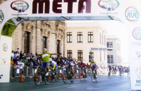 Venezolano Honorio Machado gana la Ultima Etapa de la Vuelta a Chihuahua 2011
