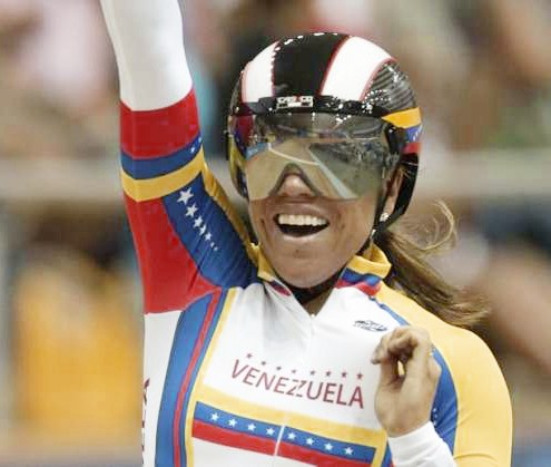 Ciclista Daniela Larreal batió Record panamericano en velocidad