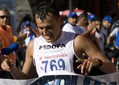 Venezolano Larryn Sánchez figuró en el lugar 18 del maratón panamericano