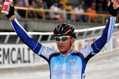 Argentino  Darío Colla medalla de Plata en la Copa del Mundo en pista,  en Astana, Kazajstánla