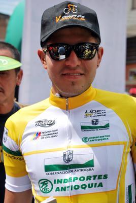 Argiro Ospina líder sub 23 de la Vuelta a Higuito, en Costa Rica