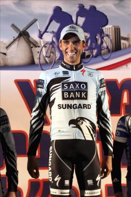 Contador afirma que quiere estar más fuerte que nunca en 2012