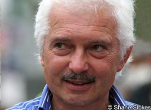 Gianni Savio celebra la absolución por las acusaciones de dopaje