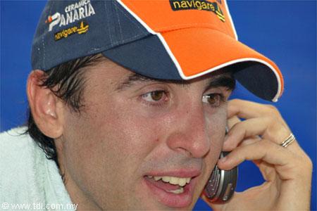 Team Nippo con Maximiliano Richeze en la Vuelta Chile 2012