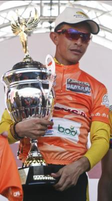 Ciclista venezolano Manuel Medina buscará su cuarta corona en la Vuelta al Tachira