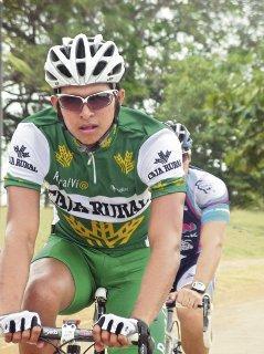 Ciclista panameño Yelko Gómez sorprende con su actuacion a directivos del Caja Rural