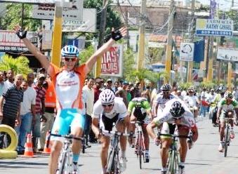 Tleubayev Ruslan del Astana Continental Team gana la 2da Etapa