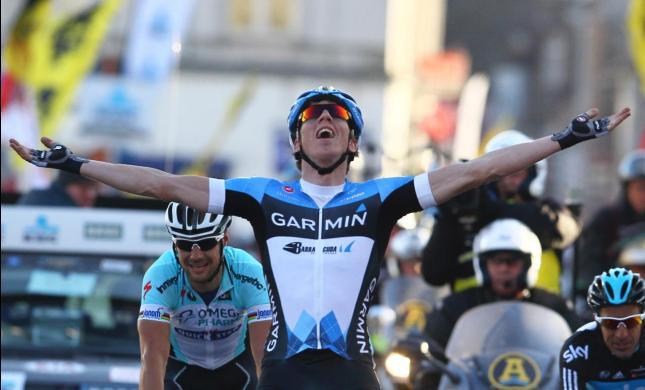 Sep Vanmarcke gana 67 edición de la Omloop Het Nieuwsblad en Belgica, Tom Boonen 2do, Español Juan Antonio Flecha fue 3ro