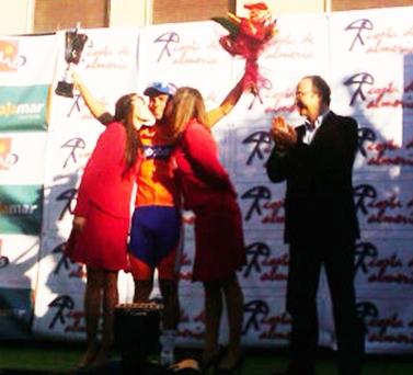 Michael Matthews (RAB) gana al Sprint la Clasica Almeria