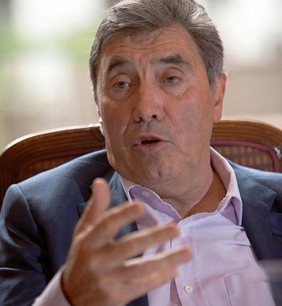 Ciclista Belga Eddy Merckx inaugura el 'Salón de la Fama' del Giro