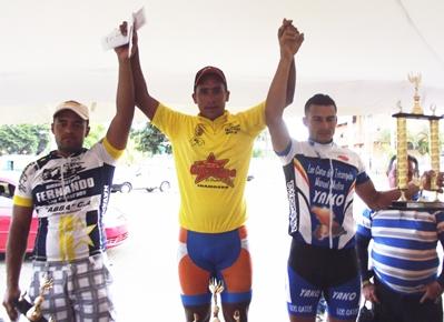 """Edgar Salaban, Eduardo Casasola, Enrique """"El Águila"""" Campos y Landys Rodríguez. Reyes de la Vuelta Ciclista Master a Guanipa"""