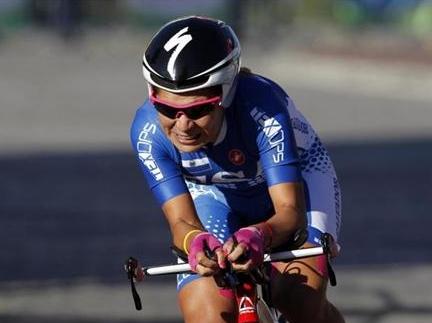 Evelyn García gana el Grand Prix que cierra la Vuelta al Salvador