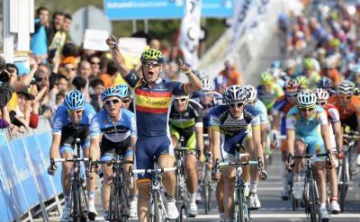 José Joaquín Rojas se impone en la primera etapa de la Vuelta al País Vasco