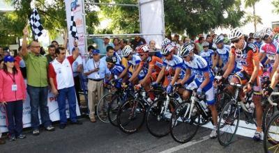 Yosvans Rojas Gana la 1ra Etapa de la Vuelta al Tachira en Barinitas y es el primer Lider
