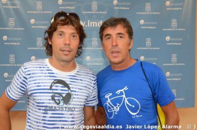 Óscar Freire, homenajeado por 1.800 ciclistas en la Marcha Pedro Delgado
