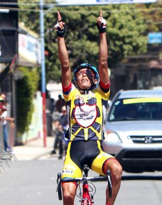 Vuelta Independencia: Venezolano Carlos Galvis Gana la etapa y Colombiano Edwin Sánchez nuevo líder